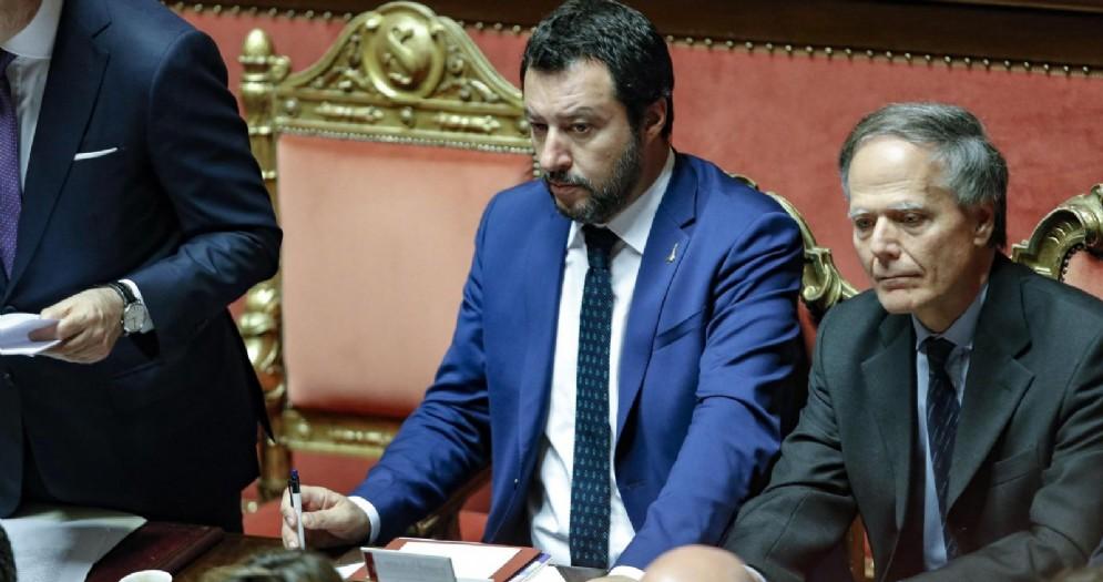 Il ministro dell'Interno e vicepremier Matteo Salvini con il ministro degli Esteri Enzo Moavero Milanesi in Senato