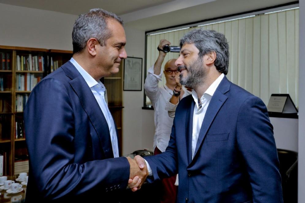 Luigi de Magistris e Roberto Fico nella sede de Il Mattino