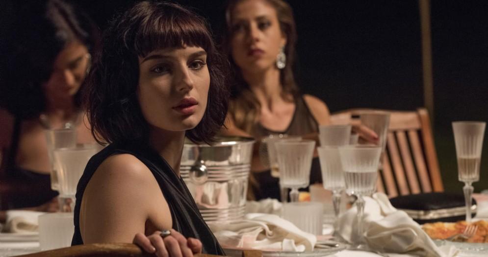 Alice Pagani in una scena di «Loro»