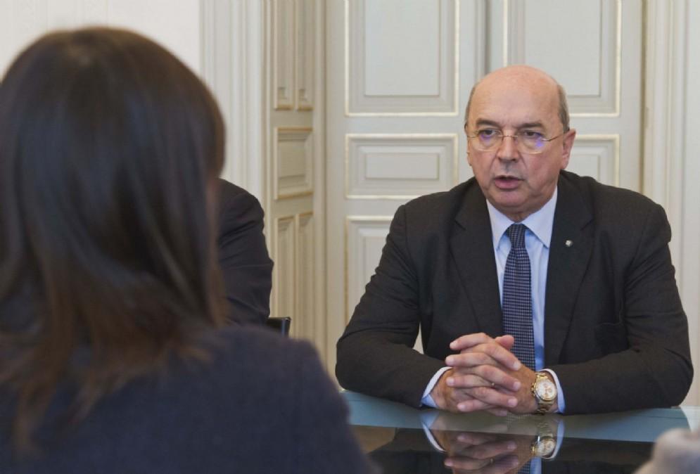 Errore nei conteggi: Dipiazza restituisce al Comune 20 mila euro
