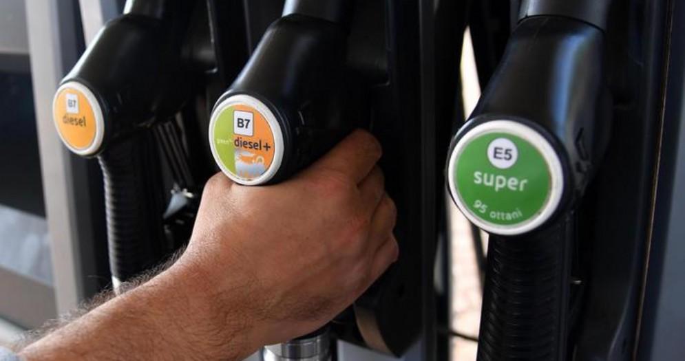 «Nessun aumento delle accise sulla benzina»