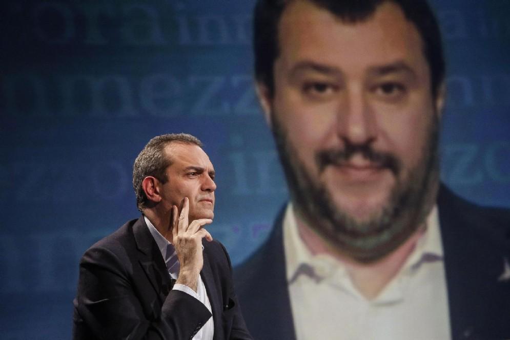 Il vicepremier e ministro dell'Interno Matteo Salvini con il sindaco di Napoli Luigi De Magistris