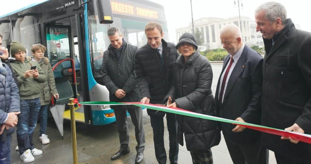 Nuovi bus per la Trieste Trasporti: parco mezzi più giovane e meno inquinante d'Italia