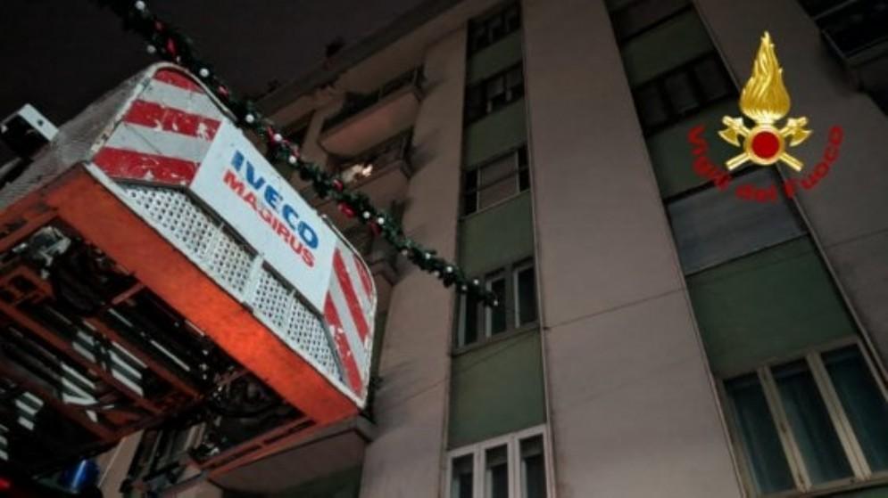 Evacuato per alcune ore palazzo di sette piani in via Doni