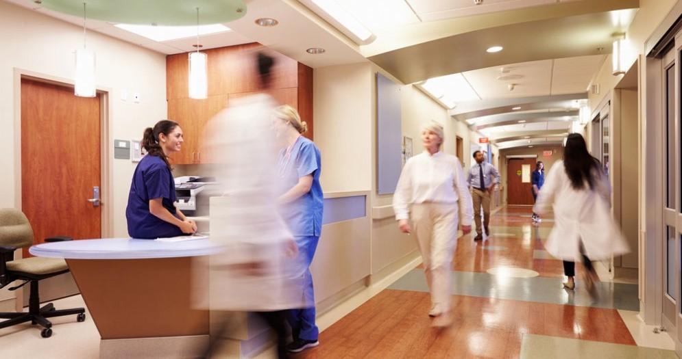 Paziente espelle un pezzo di polmone a causa di una forte tosse