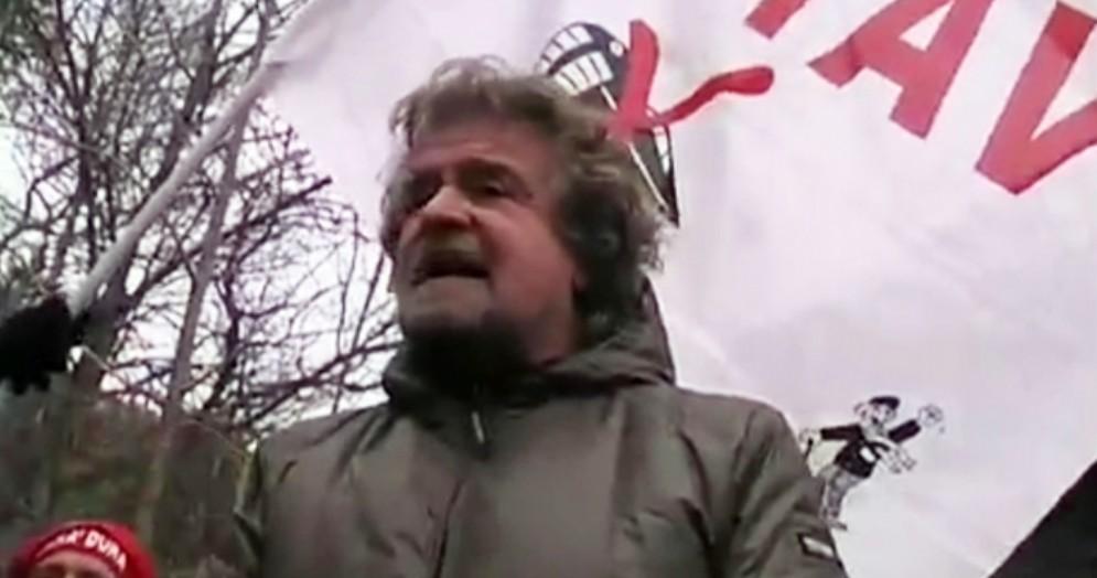 Beppe Grillo ad una manifestazione «No Tav»