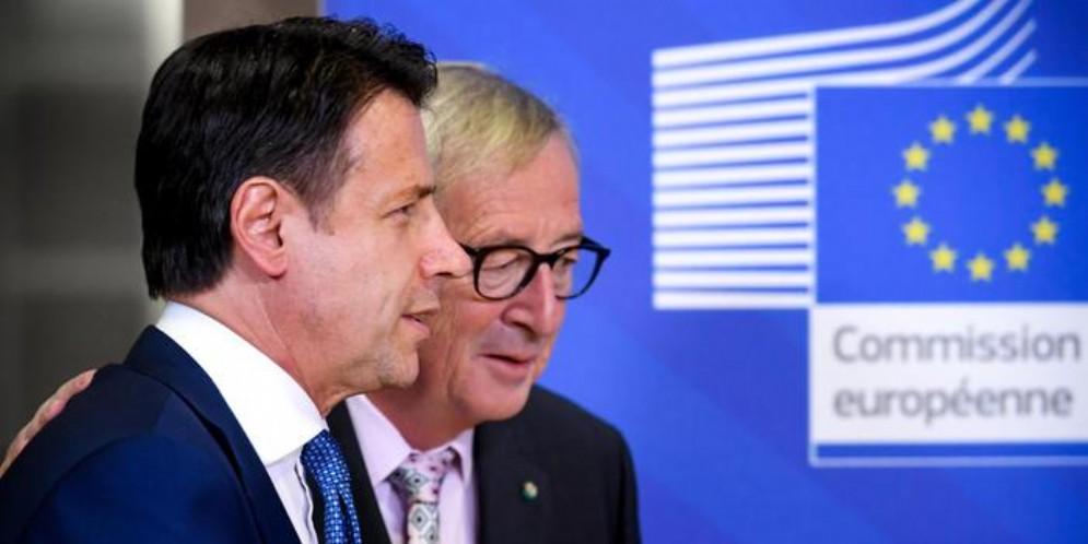 Il Premier Conte con il Presidente della Commissione europea, Juncker