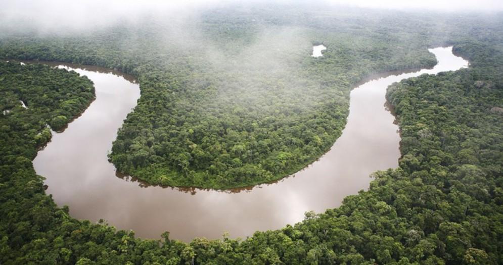 Amazzonia devastata da miniere d'oro illegali