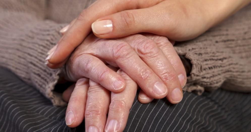 Biella, al via una campagna di solidarietà per le persone malate di Alzheimer
