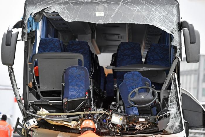 L'autobus incidentato