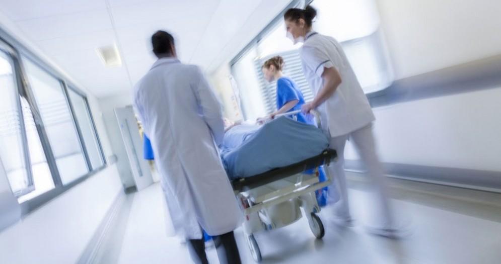 Infezione polmonare causata da calze puzzolenti