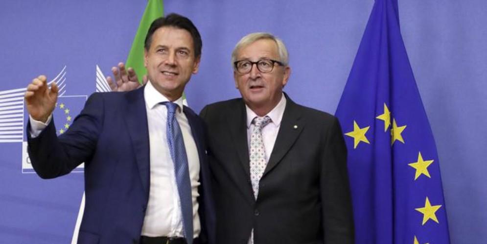 Il Premier Giuseppe Conte con il Presidente del Parlamento europeo, Jean Claude Juncker