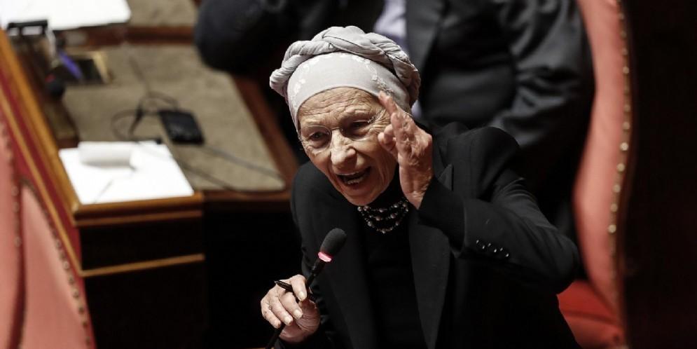 Emma Bonino durante il suo intervento nel corso dell'esame della legge di bilancio nell'aula di Palazzo Madama