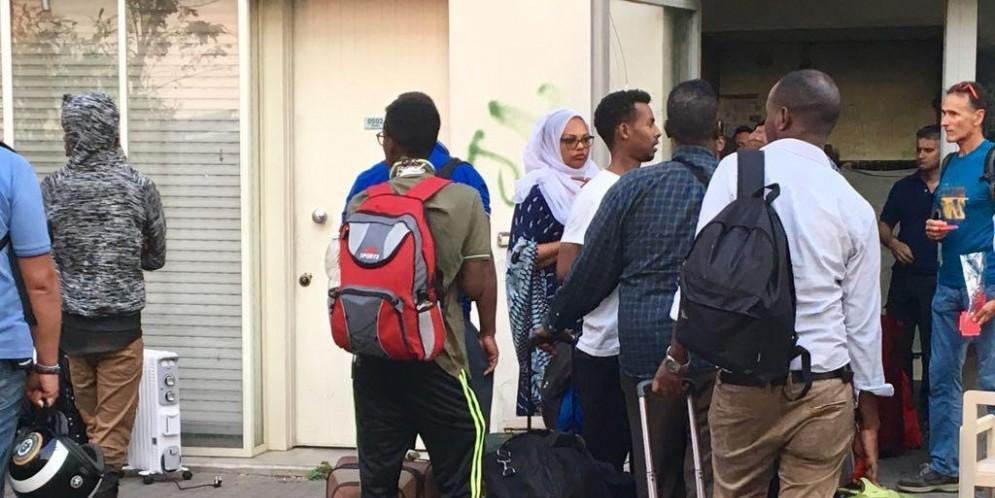 Profughi in attesa di un alloggio