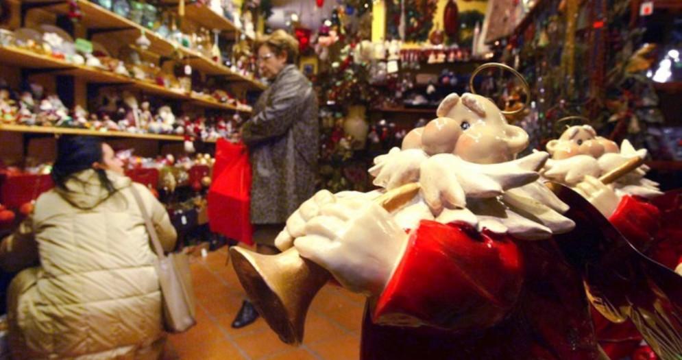 Natale, un italiano su 5 non può farne