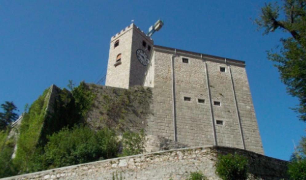 Beni culturali: dalla Regione 2,3 milioni per il castello di Gemona