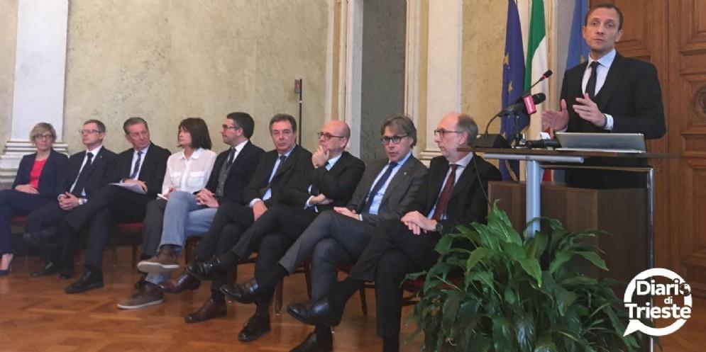 Fedriga promuove l'azione della sua giunta: «Abbiamo invertito la rotta»