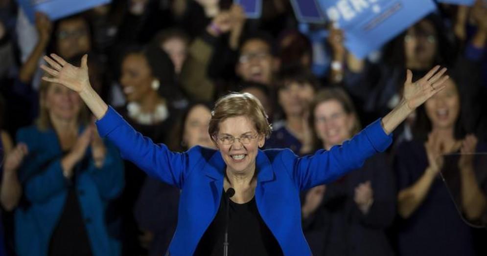 La senatrice Elizabeth Warren