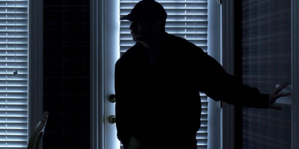 Fuori casa per Capodanno, a 'festeggiare' sono i ladri