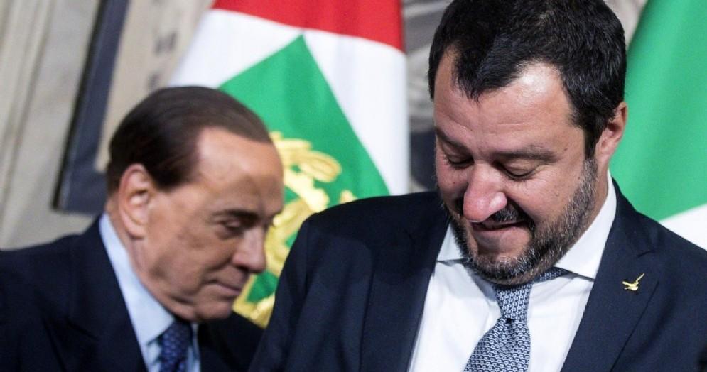 Il vicepremier e ministro dell'Interno Matteo Salvini e il leader di Forza Italia Silvio Berlusconi