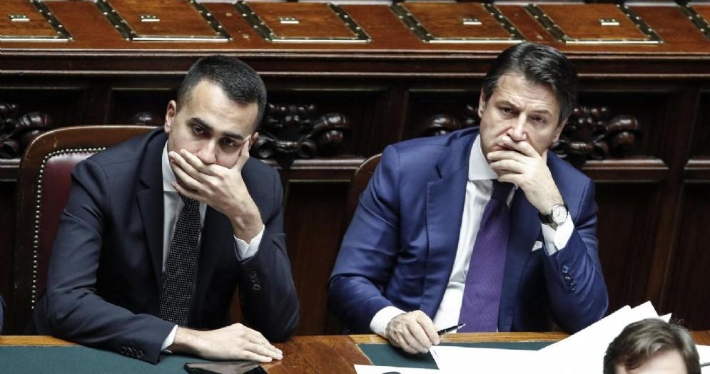 Il vicepremier e ministro del Lavoro e dello Sviluppo Economico Luigi Di Maio con il premier Giuseppe Conte
