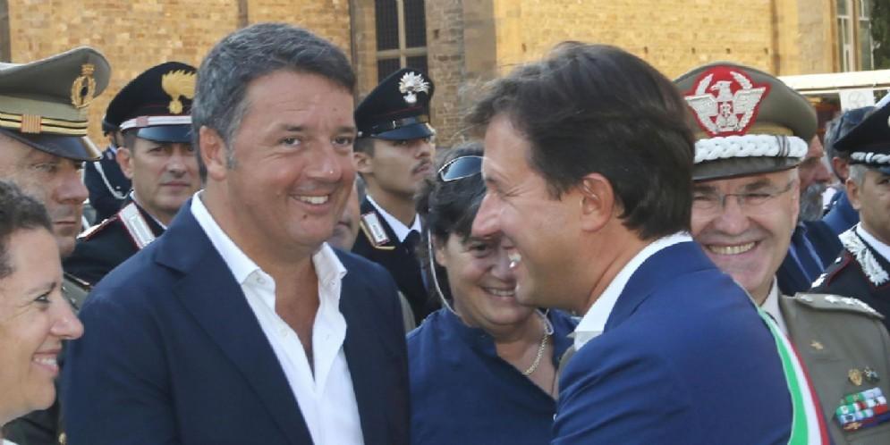 Il senatore Pd Matteo Renzi con il sindaco di Firenze Dario Nardella