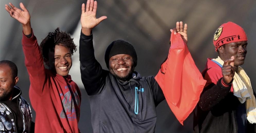 I migranti della Sea Watch saranno accolti a Torino: in arrivò dieci persone