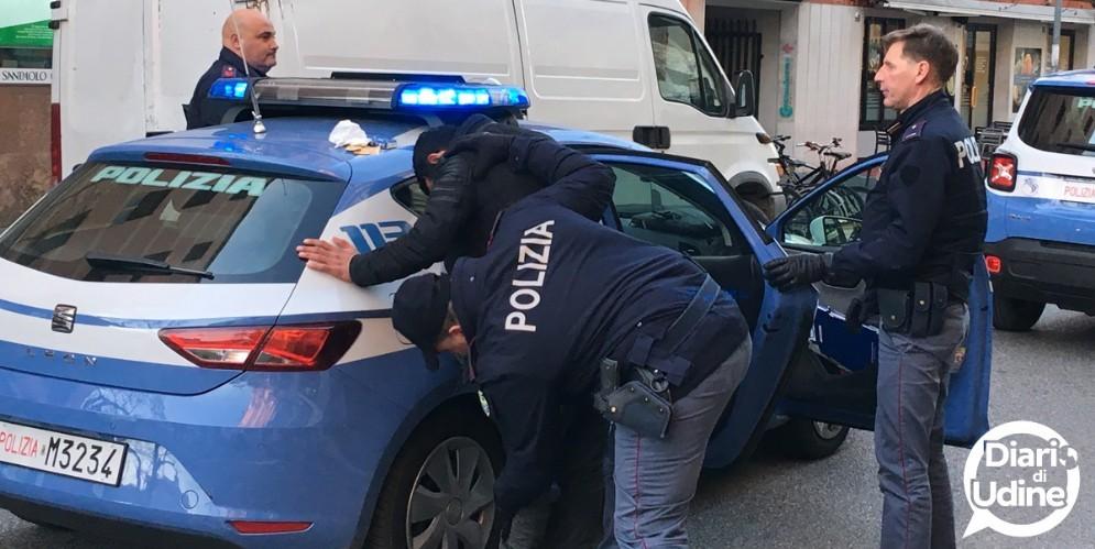 Controlli straordinari in Borgo Stazione: 4 persone portate in Questura