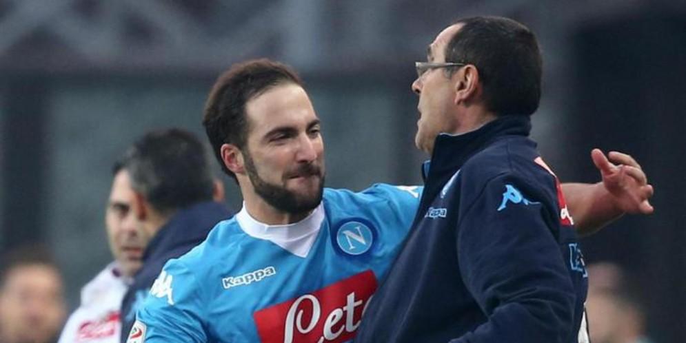 Gonzalo Higuain e Maurizio Sarri ai tempi del Napoli