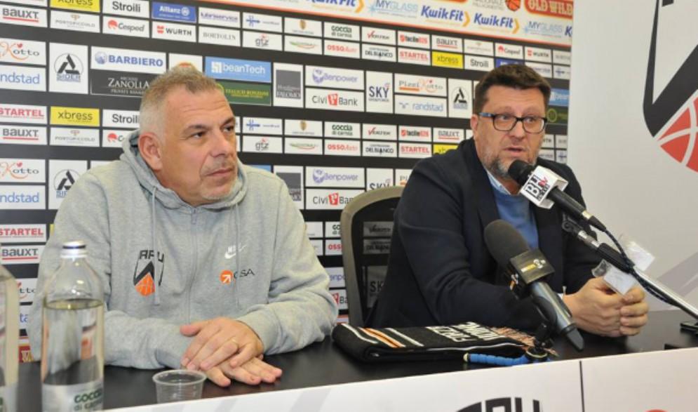 Gsa, esonerato Cavina è già al lavoro il nuovo coach Martelossi