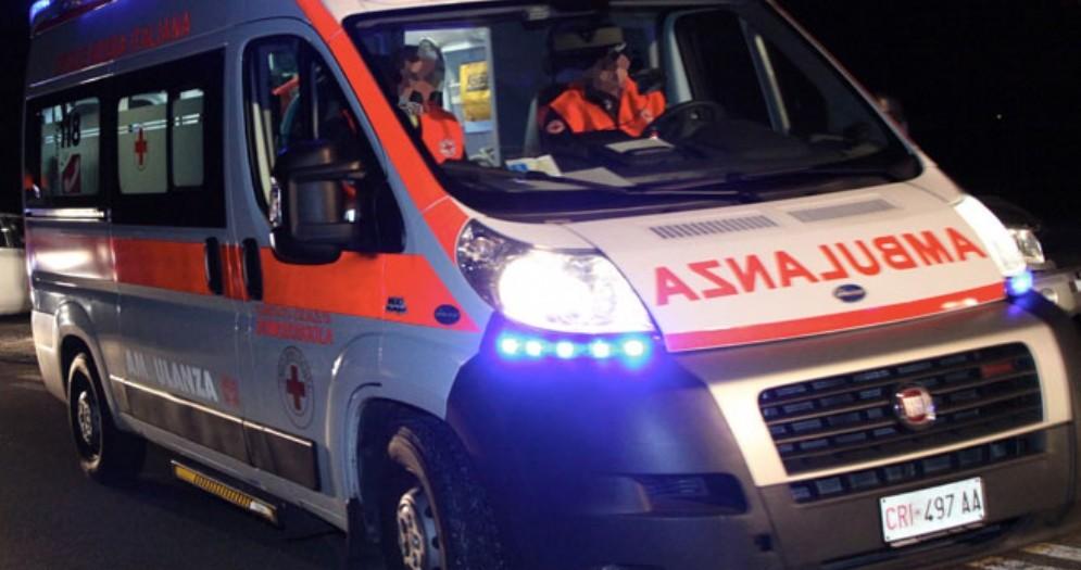 Dramma a Crevacuore, auto precipita in un canale di scolo: muore sul colpo il conducente