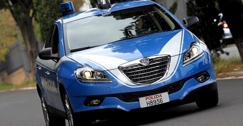 Trieste, ubriaco fermato al molo Fratelli Bandiera: stava bevendo alla guida