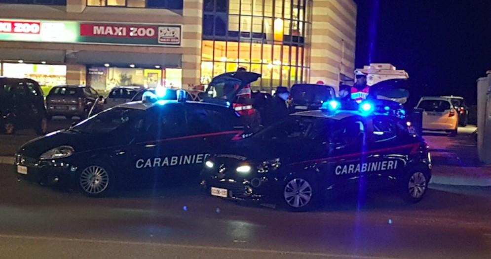 Controlli straordinari dei carabinieri: 7 denunciati e 3 patenti ritirate