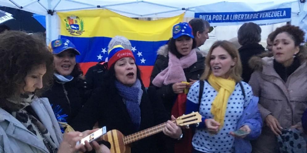 Il popolo venezuelano in piazza anche a Udine per dire no a Maduro