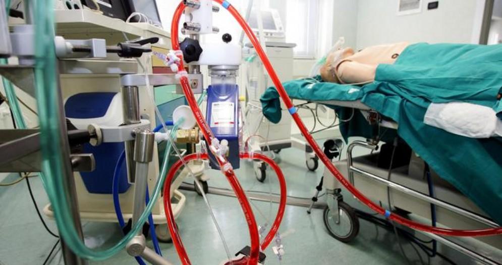 Un tumore le ostruiva completamente la trachea, eccezionale intervento d'emergenza alle Molinette