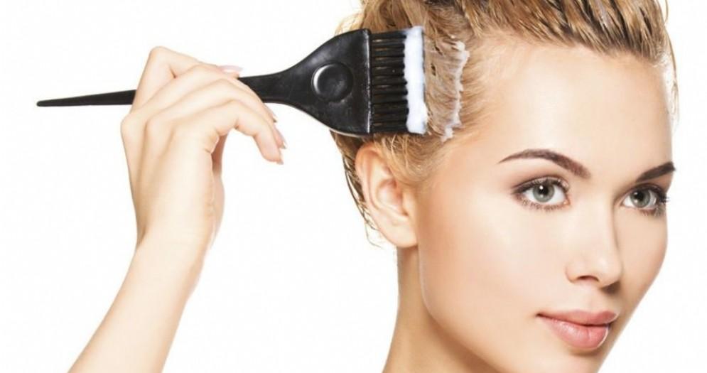Colori naturali per capelli: le tinte più sicure per la salute