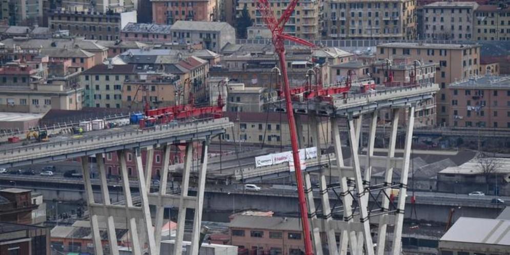 A sei mesi dal crollo del ponte Morandi Genova si ferma per ricordare