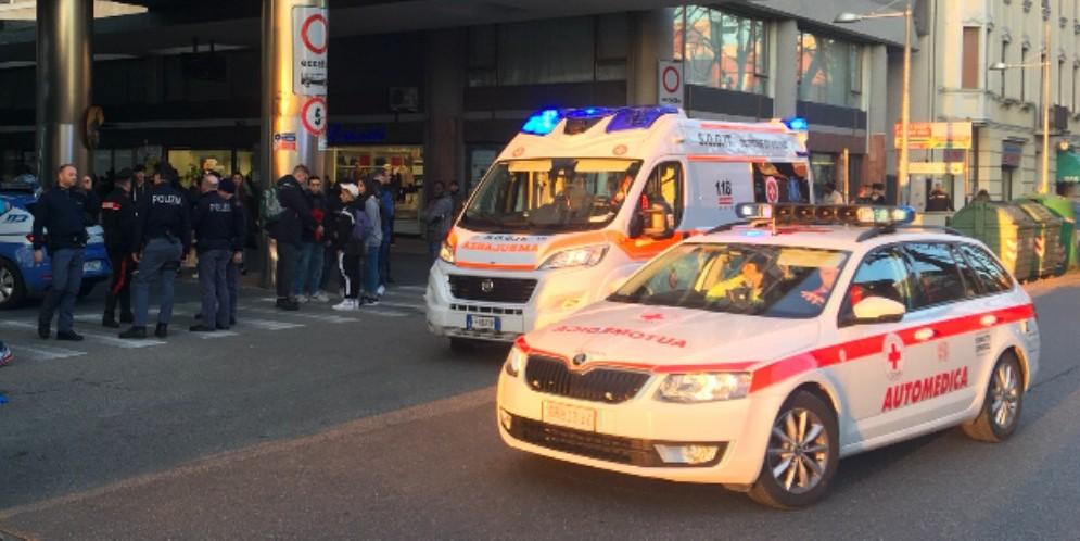 Accoltellamento alla stazione delle corriere: ferito uno straniero