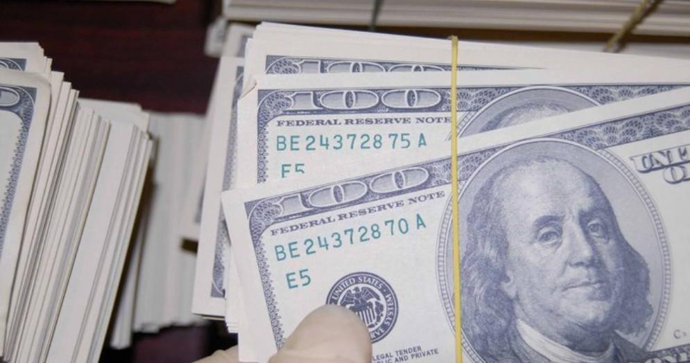 Banconote da 100 dollari