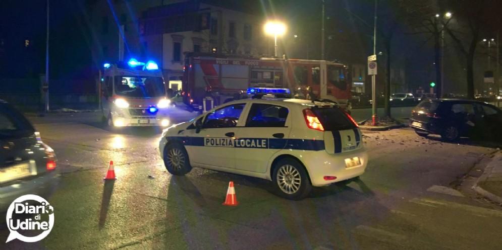Grave incidente in viale Venezia: traffico bloccato