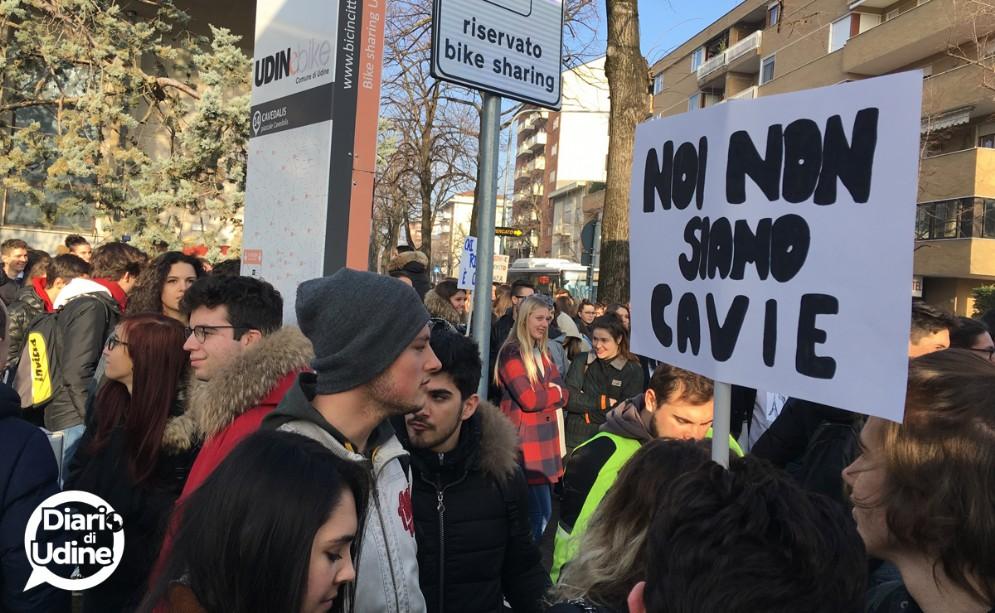 Studenti in strada contro il nuovo esame di maturità
