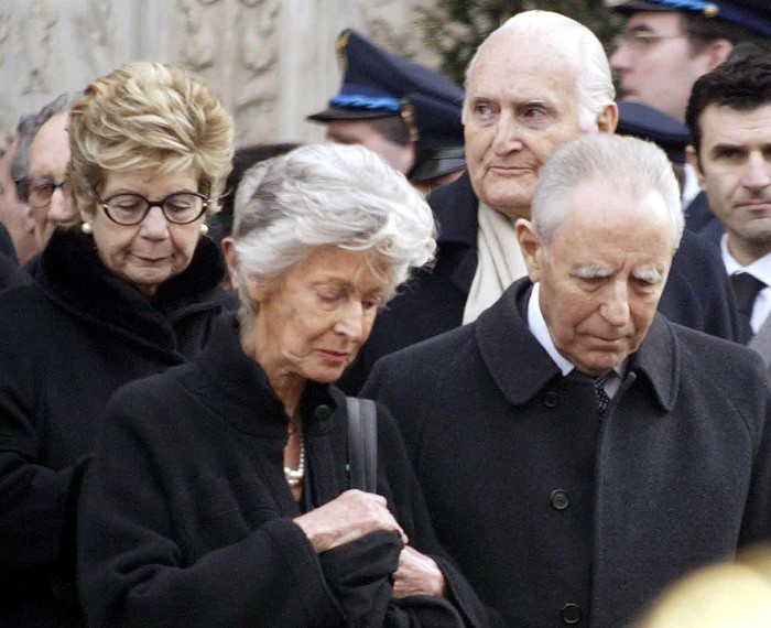 Marella Agnelli con Carlo Azeglio Ciampi, Oscar Luigi Scalfaro e Franca Ciampi durante i funerali di Gianni Agnelli