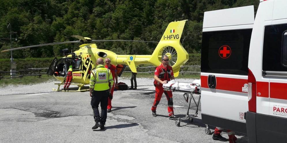 Grave incidente sulla provincia tra Tarcento e Nimis: due feriti