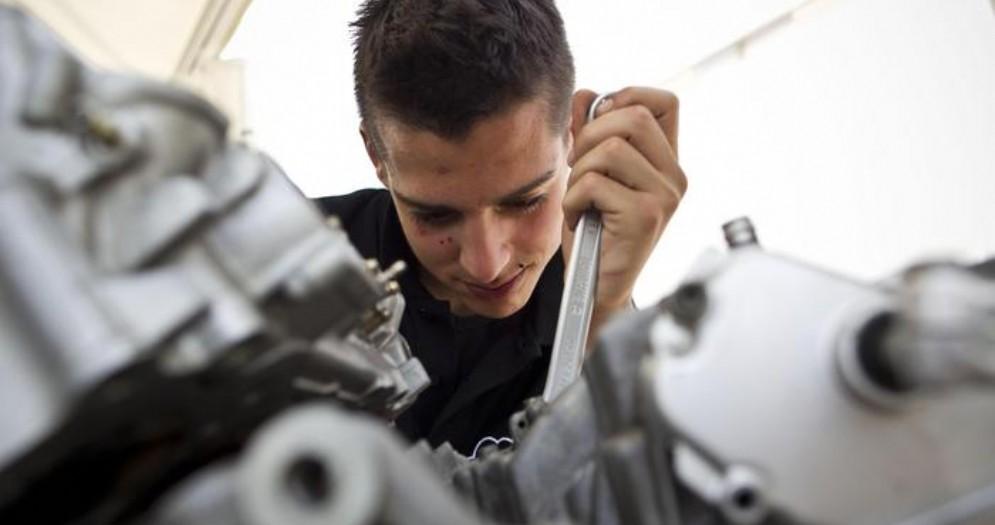 Istat, a gennaio cresce l'occupazione ma non per i giovani