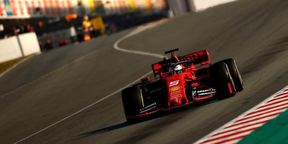 Sebastian Vettel nei test di Barcellona