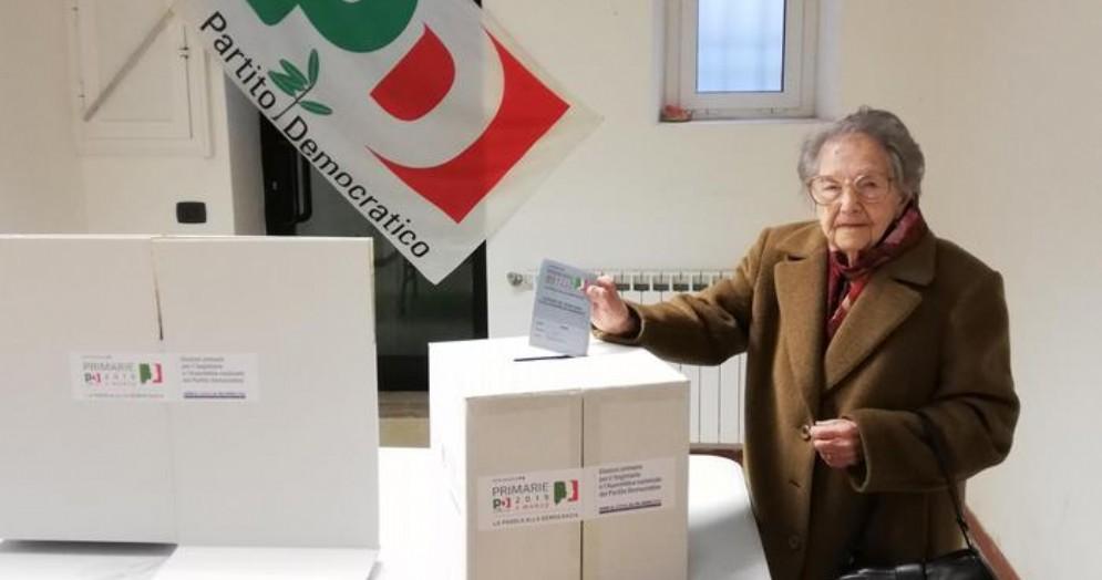 A 104 anni vota per il nuovo segretario PD