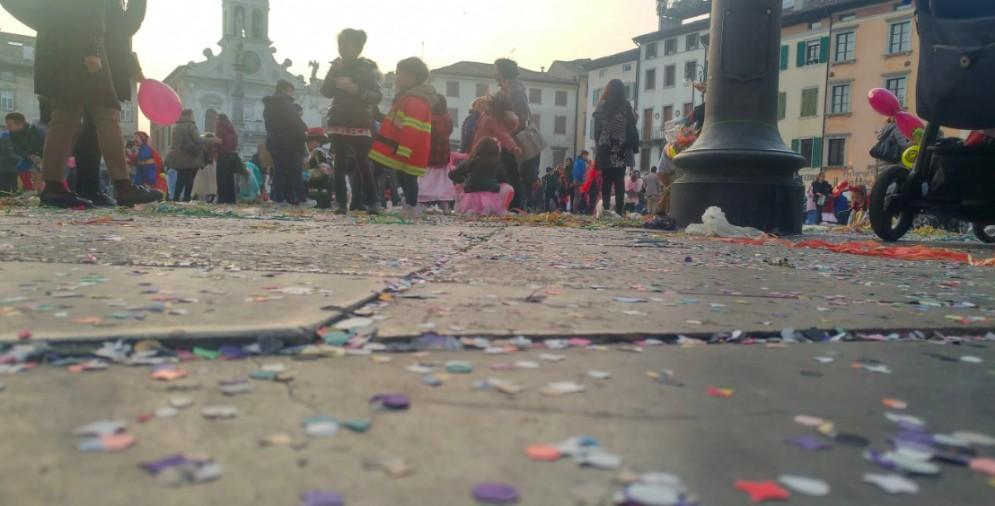 Ultimo giorno di Carnevale: grande festa in piazza San Giacomo