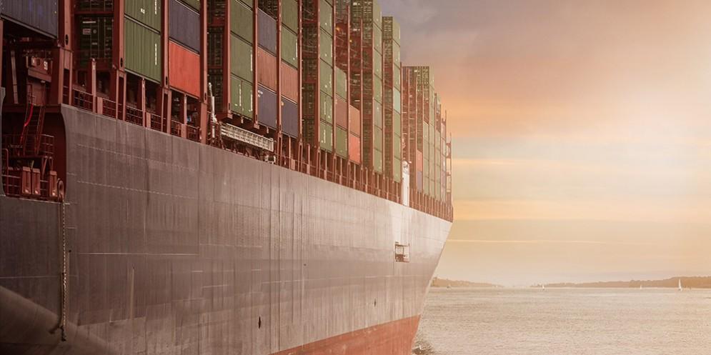 Porto di Trieste, arriva 'Ephesus Seaways' il più grande traghetto merci mai approdato