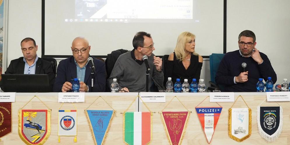 Presentato il nuovo libro di Federica Bosco e Stefano Piazza in onore delle forze dell'ordine