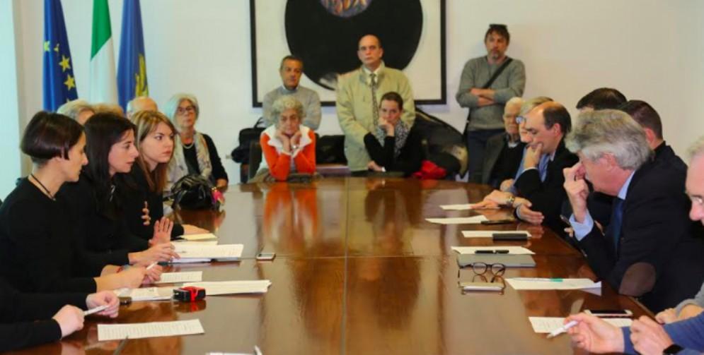 Sottoscritta da tutti i gruppi in Regione la mozione sui risparmiatori traditi